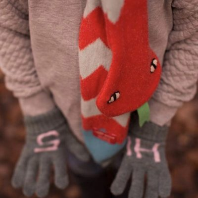 Donna Wilson - Kids' Hi 5 Gloves + Snake Scarf