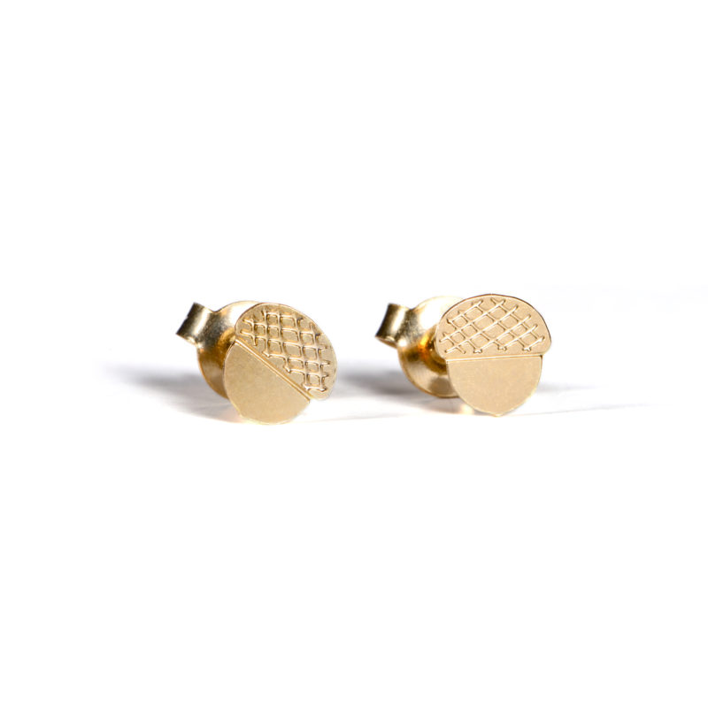 Acorn Earrings - TITLEE x DONNA WILSON