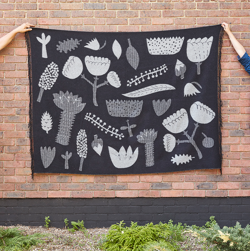 Donna Wilson Flower Throw Black White Front