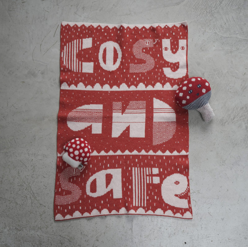 AW21 - Cosy & Safe Mini Blanket - Orange - Donna Wilson