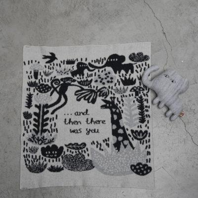 AW21 - Menagerie Mini Blanket - Ecru - Donna Wilson