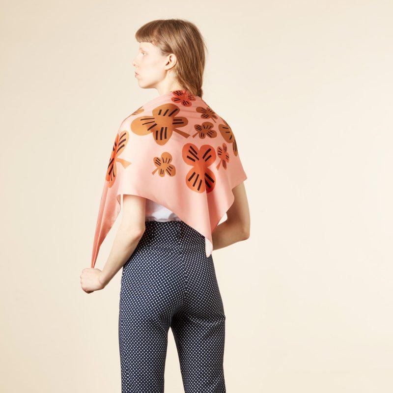 Donna Wilson - Clover Silk Scarf - Pink