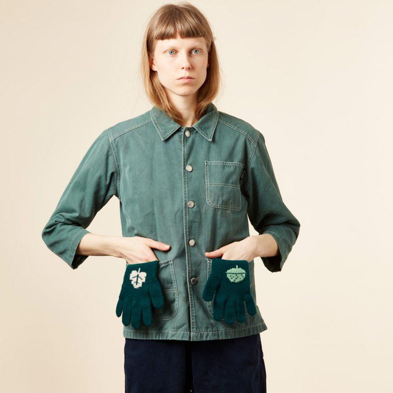 Donna Wilson - Acorn Gloves - Green