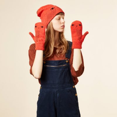 Donna Wilson - Owl Hat and Mitts - Orange