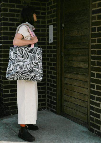 Lino Large Tote Bag - Donna Wilson