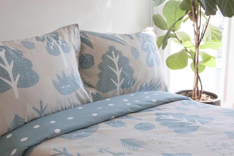 Donna Wilson Flying Bird Feet Bed Set Cream