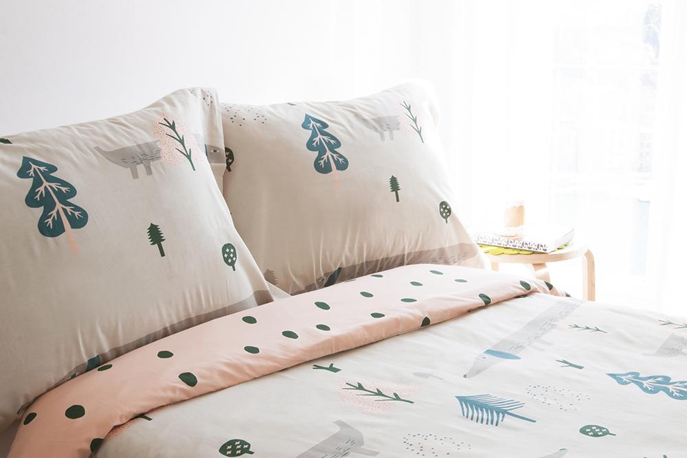 Donna Wilson Sausage Dog Bed Set Cream
