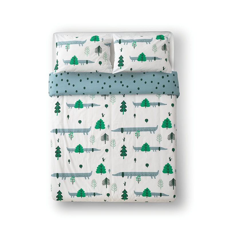Donna Wilson Sausage Dog Bed Set White